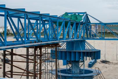 Bridges and platforms